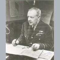Arthur T Harris